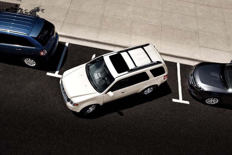 2011 Ford Escape Photo 4 of 20