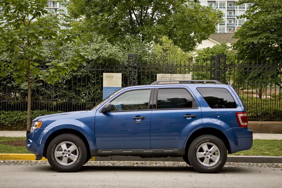 2011 ford escape specs pictures trims colors. Black Bedroom Furniture Sets. Home Design Ideas