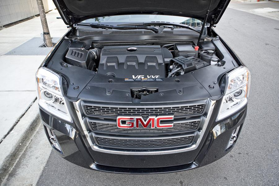 2014 Ford Escape Mpg >> 2011 GMC Terrain Reviews, Specs and Prices | Cars.com