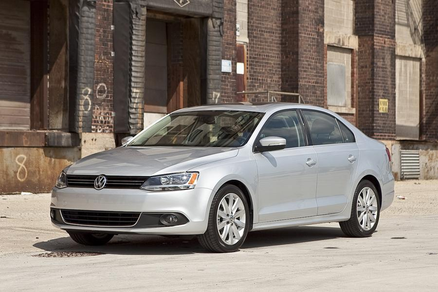 2011 Volkswagen Jetta Photo 1 of 20
