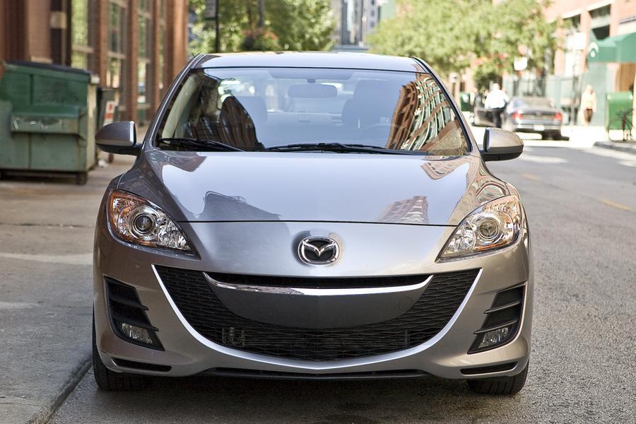 2011 Mazda Mazda3 Photo 2 of 20