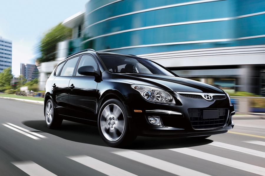 2011 Hyundai Elantra Touring Photo 5 of 20