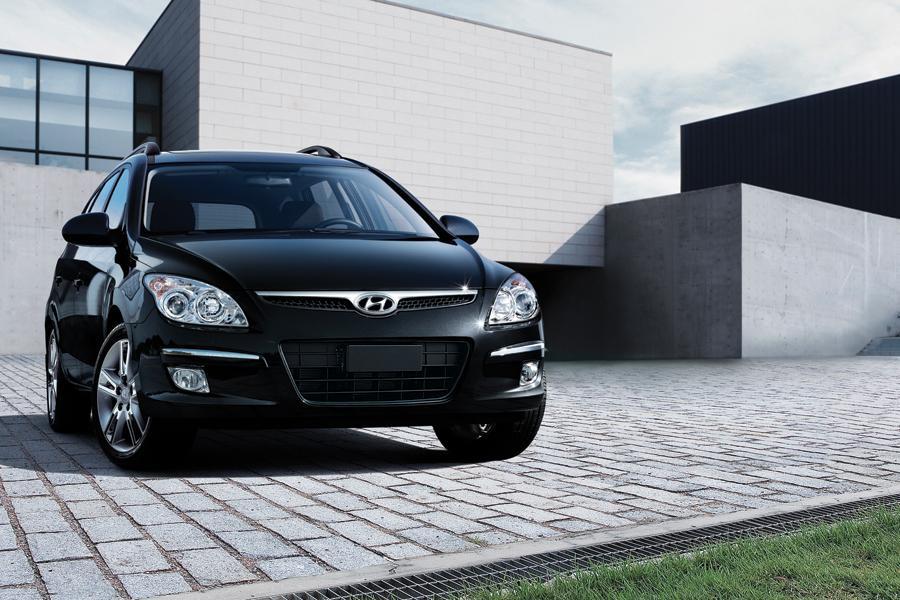 2011 Hyundai Elantra Touring Photo 6 of 20