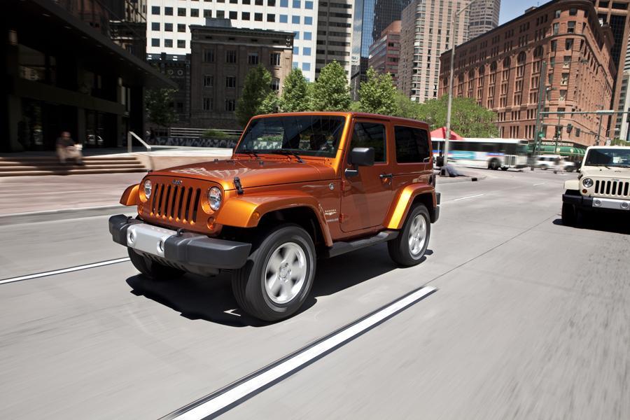 2011 Jeep Wrangler Photo 2 of 20