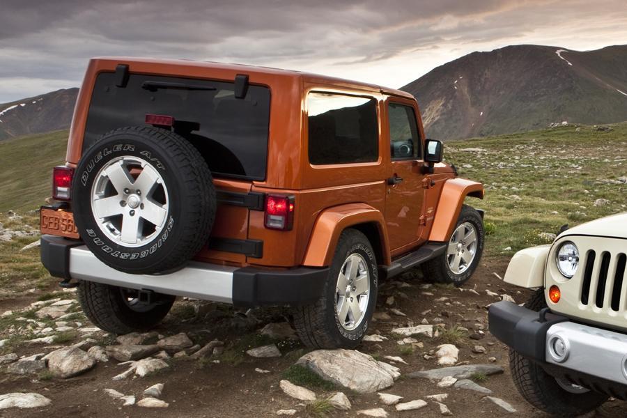 2011 Jeep Wrangler Photo 4 of 20
