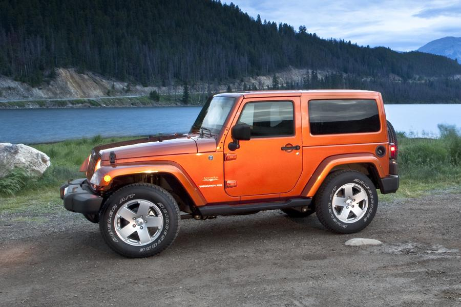 2011 jeep wrangler reviews specs and prices. Black Bedroom Furniture Sets. Home Design Ideas