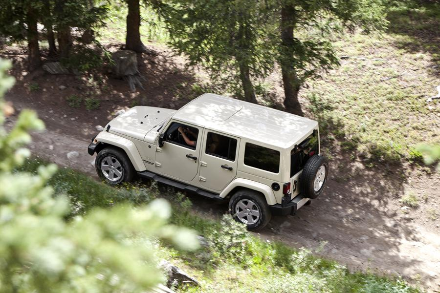 2011 Jeep Wrangler Unlimited Photo 4 of 20