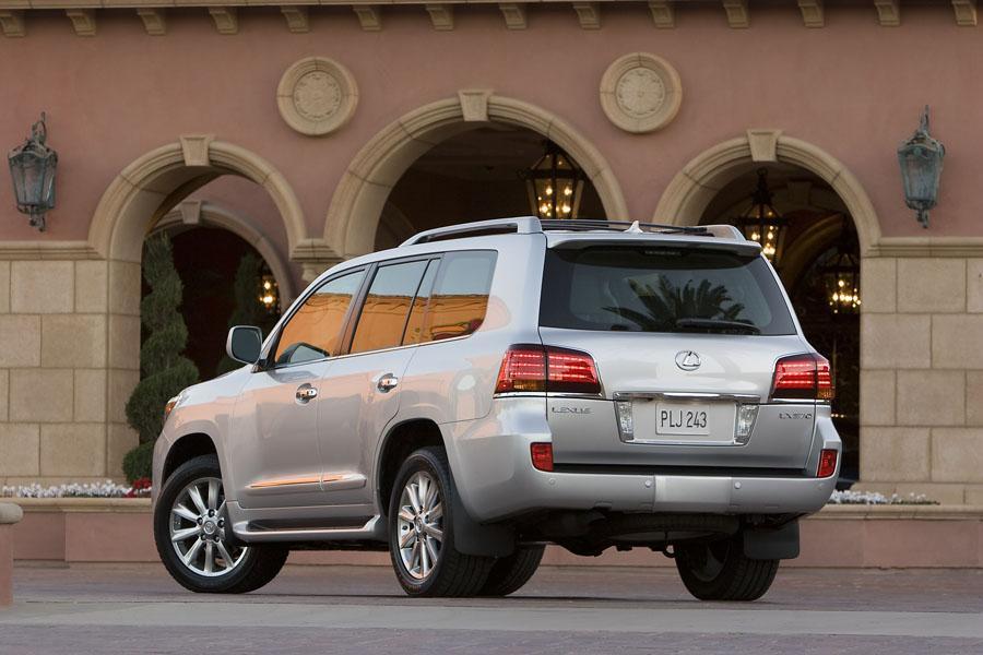 2011 Lexus LX 570 Photo 2 of 20