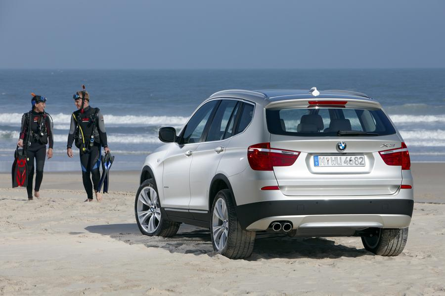 2011 BMW X3 Photo 4 of 22