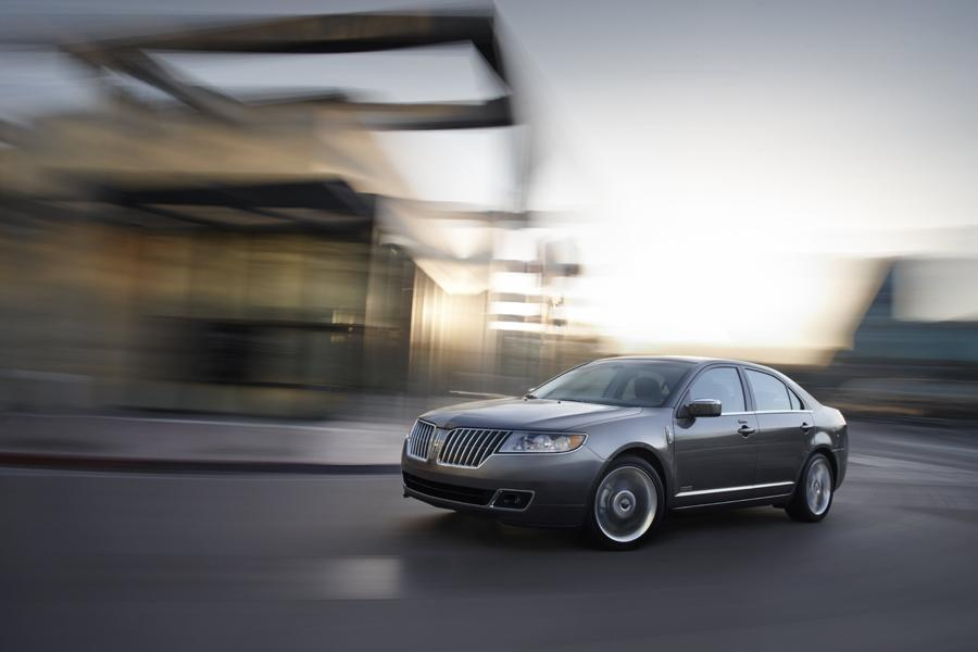 2011 Lincoln MKZ Hybrid Photo 2 of 20