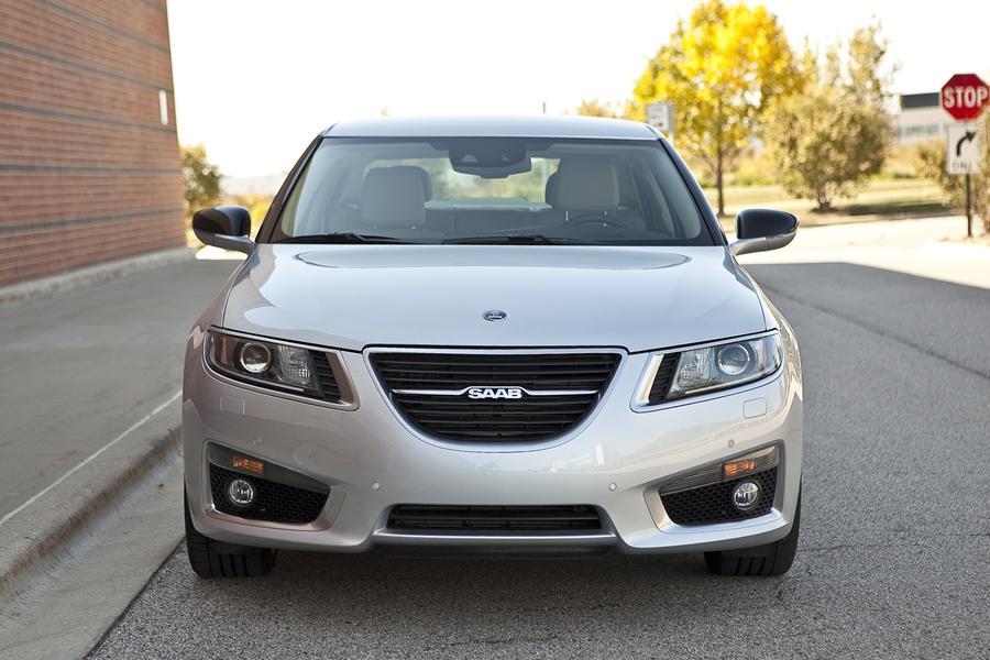 2010 Saab 9-5 Photo 2 of 20