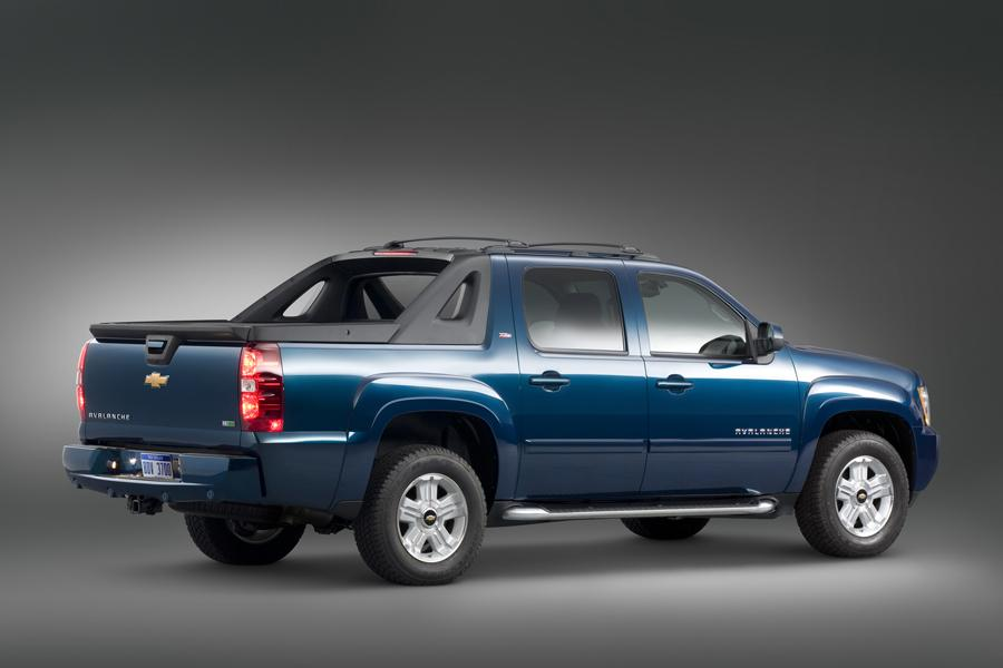 2011 Chevrolet Avalanche Overview Cars Com