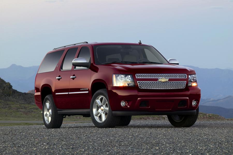 2011 Chevrolet Suburban Photo 3 of 20