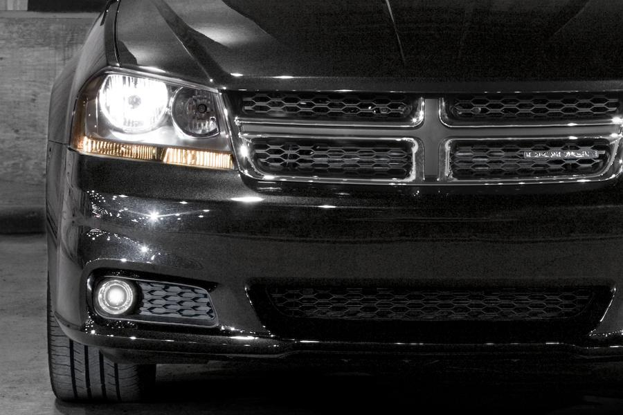 2011 Dodge Avenger Photo 5 of 20