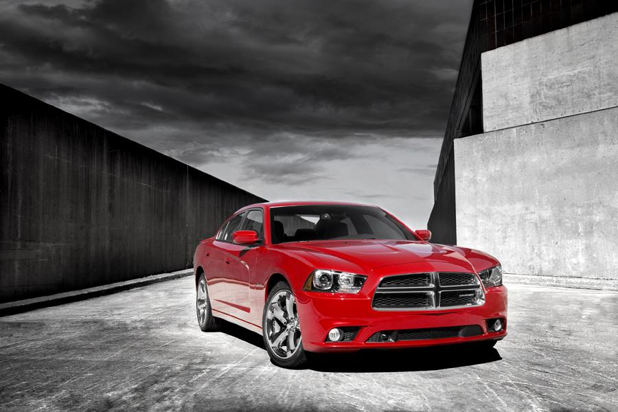 2011 Dodge Charger Photo 2 of 20