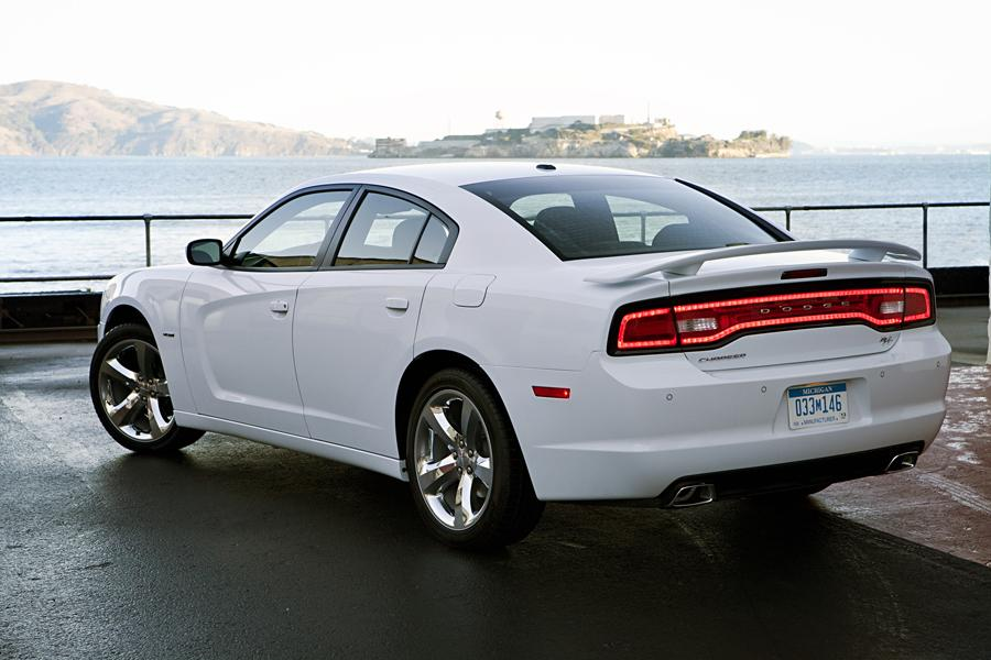 2011 Dodge Charger Reviews Specs And Prices Cars Com