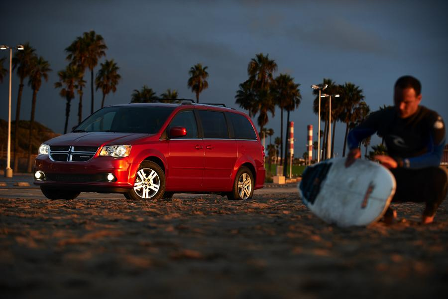 2011 Dodge Grand Caravan Photo 3 of 20