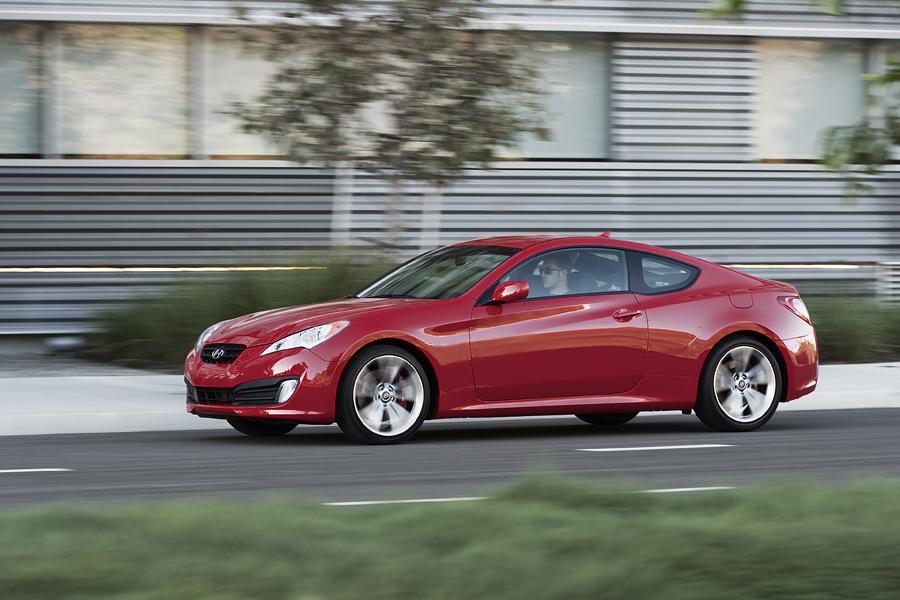 2011 Hyundai Genesis Coupe Photo 5 of 20