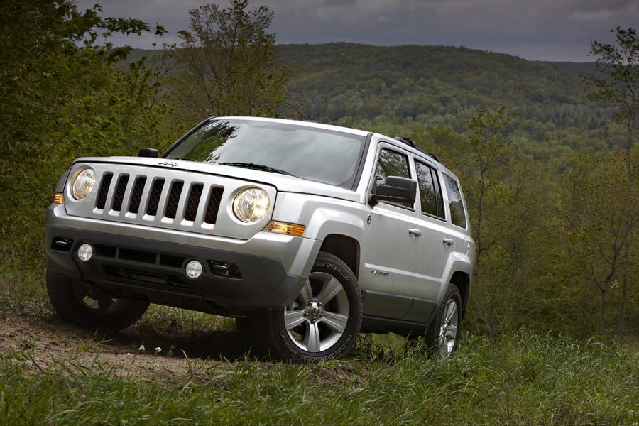 2011 Jeep Patriot Photo 2 of 20