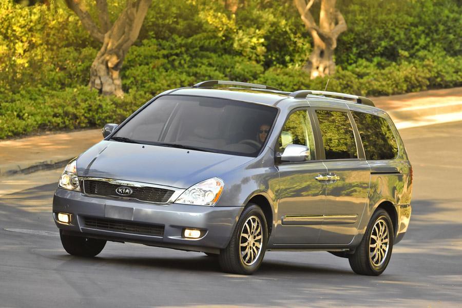 2011 Kia Sedona Photo 1 of 20