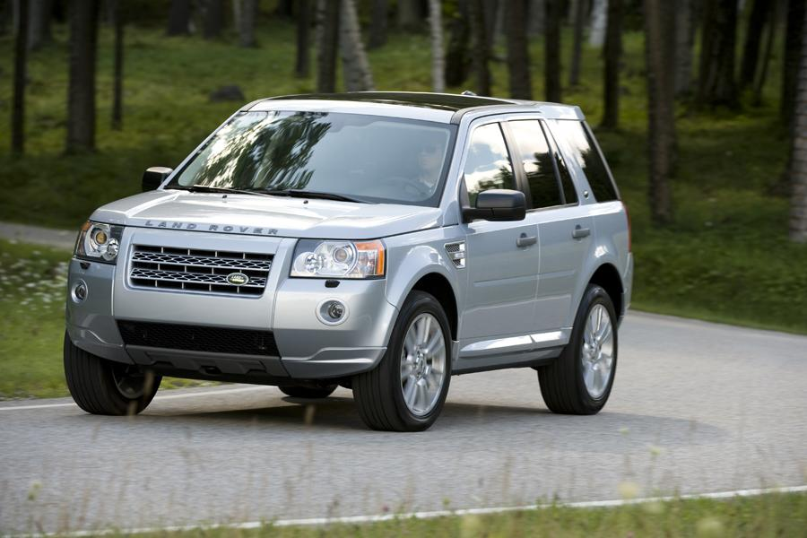 2011 Land Rover LR2 Photo 1 of 20
