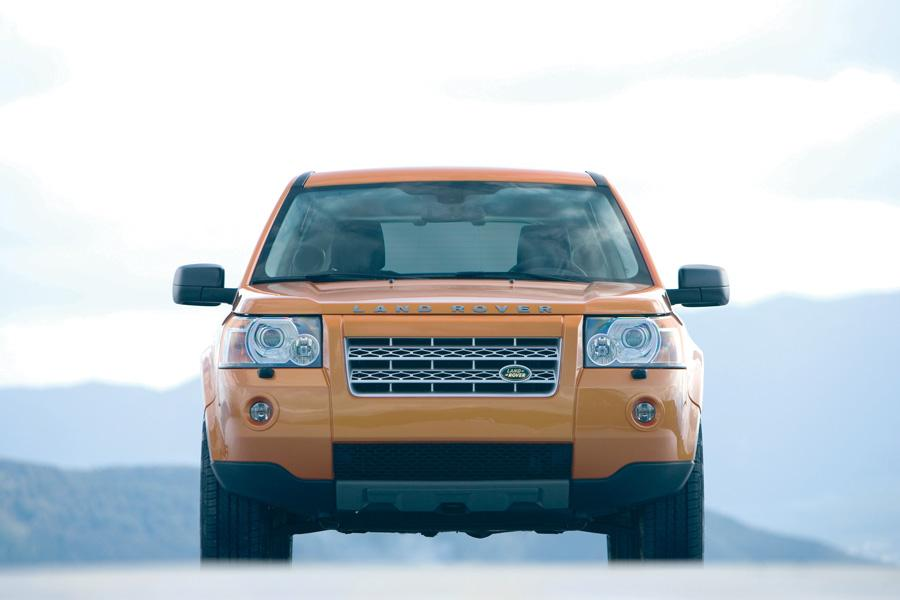 2011 Land Rover LR2 Photo 4 of 20