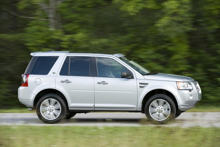 2011 Land Rover LR2 Photo 6 of 20