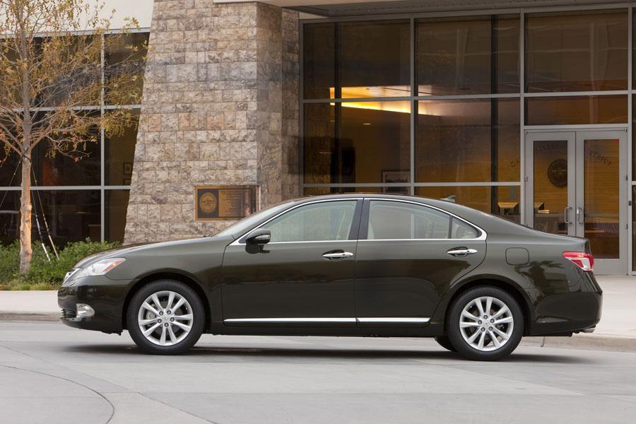 2011 Lexus ES 350 Photo 3 of 20