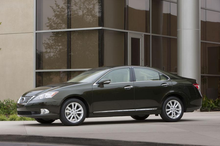 2011 Lexus ES 350 Photo 4 of 20