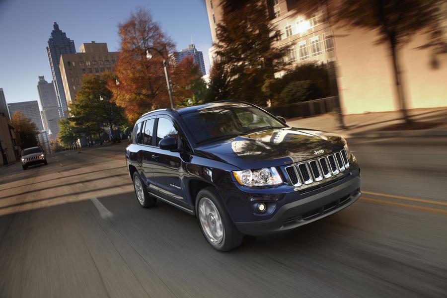 2011 Jeep Compass Photo 2 of 20