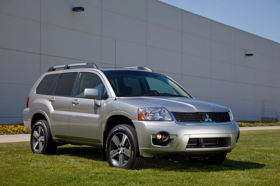 2018 mitsubishi endeavor. perfect 2018 mitsubishi endeavor sport utility models price specs reviews  carscom and 2018 mitsubishi endeavor i