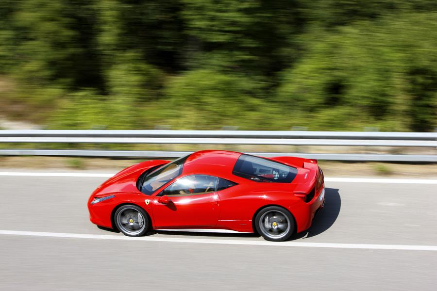 2010 Ferrari 458 Italia Photo 5 of 21