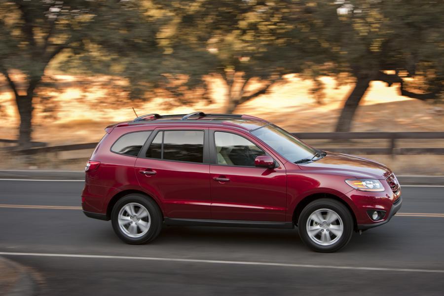 2011 Hyundai Santa Fe Photo 2 of 20