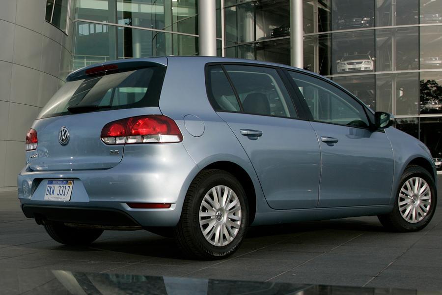 2011 Volkswagen Golf Photo 4 of 20
