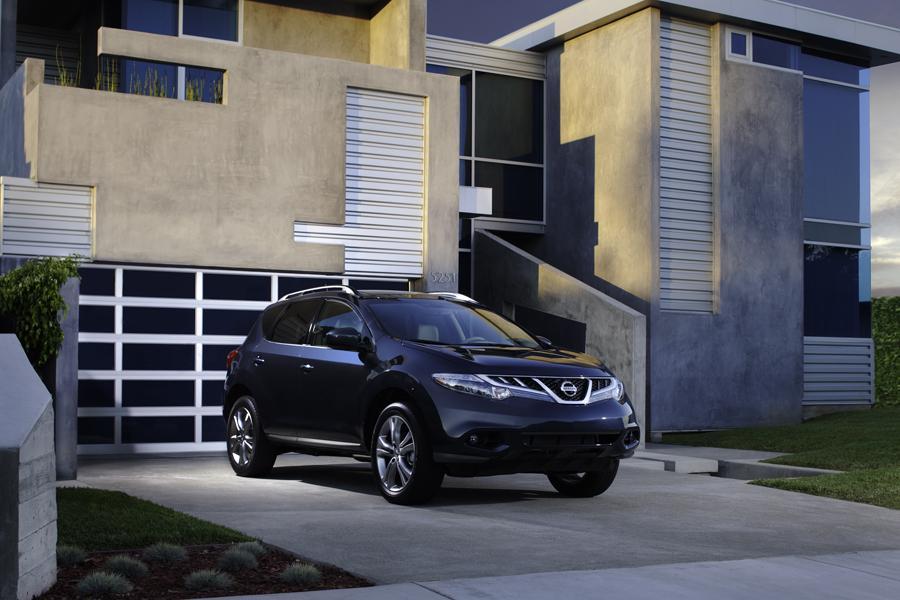 2011 Nissan Murano Photo 2 of 20