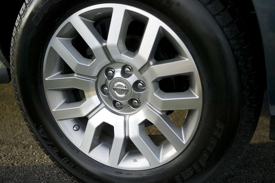 2011 Nissan Pathfinder Photo 6 of 20