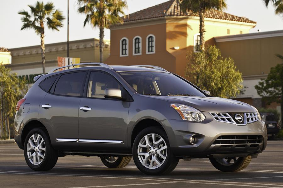 2011 Nissan Rogue Photo 2 of 20