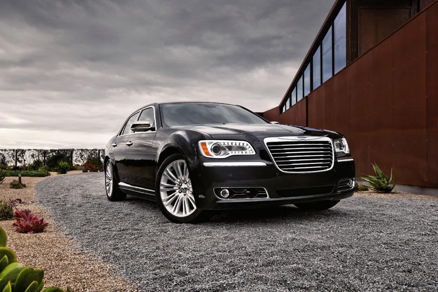 2011 Chrysler 300 Photo 3 of 20