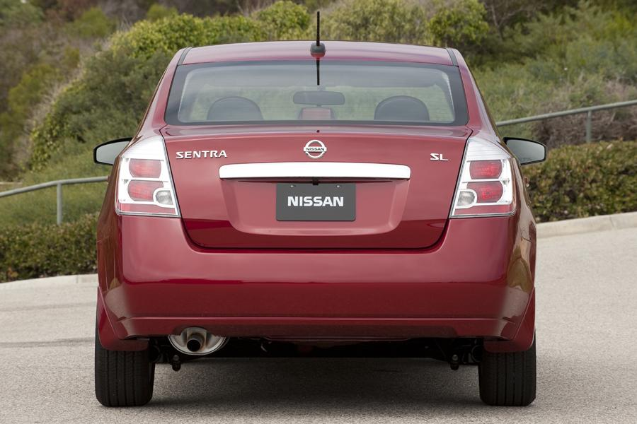2011 Nissan Sentra Photo 3 of 21