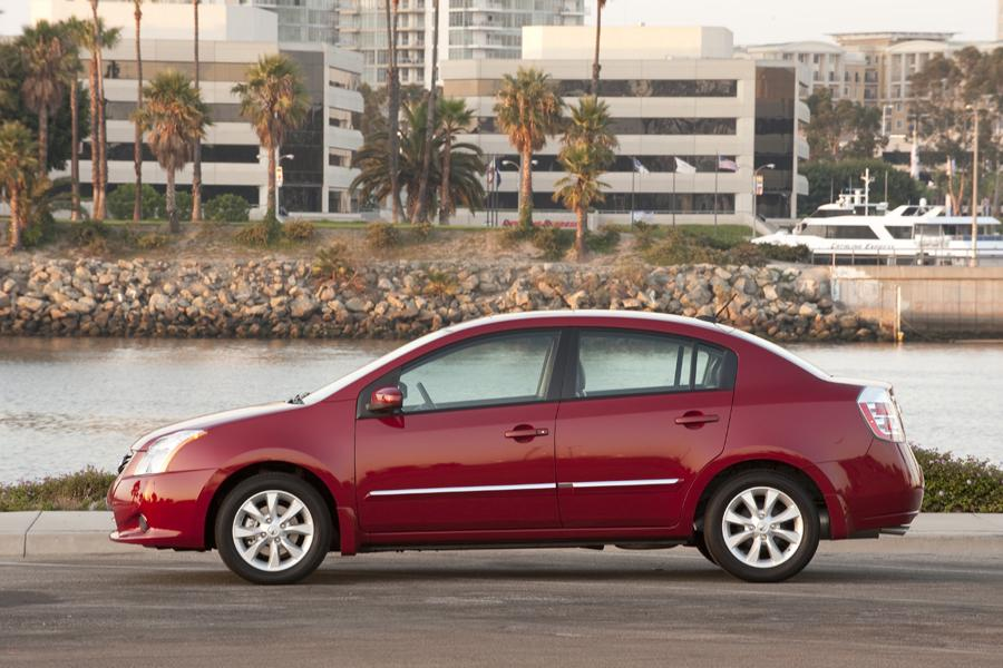 2011 Nissan Sentra Photo 5 of 21