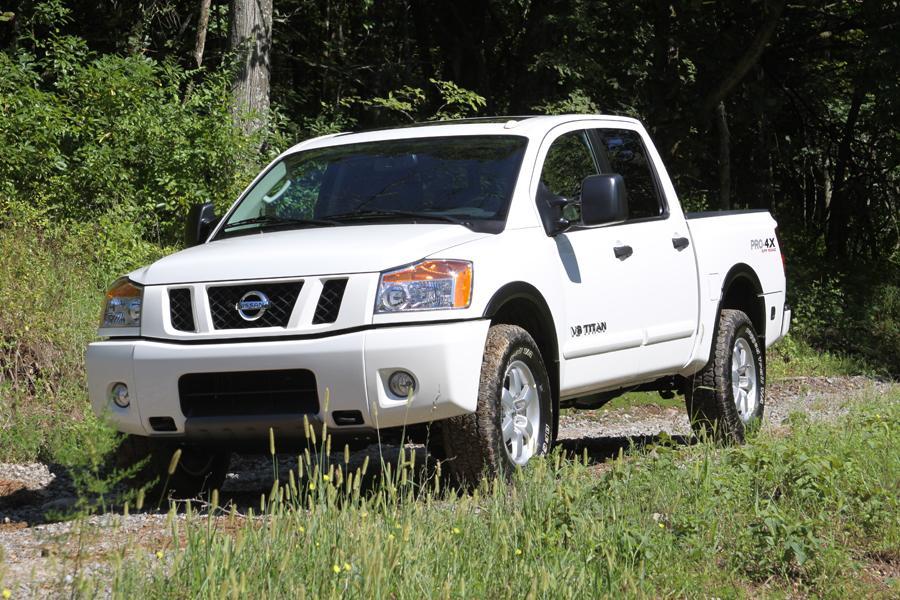 2011 Nissan Titan Photo 1 of 20