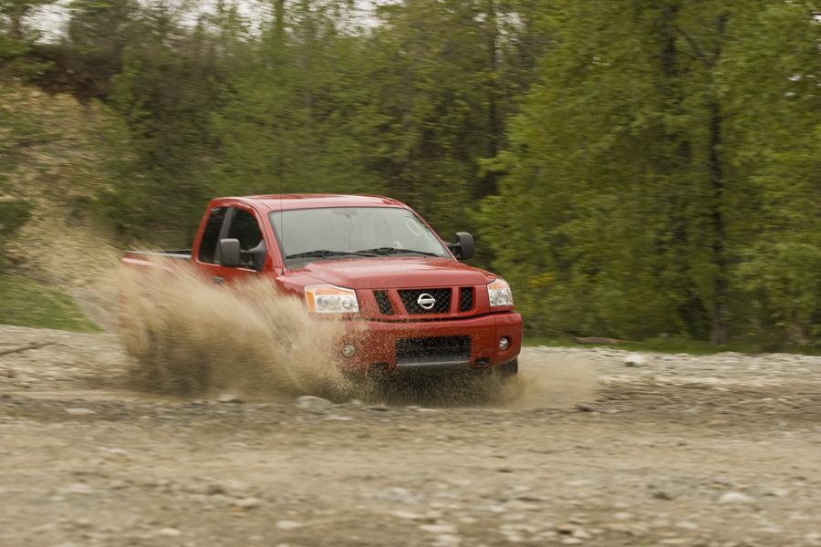 2011 Nissan Titan Photo 3 of 20