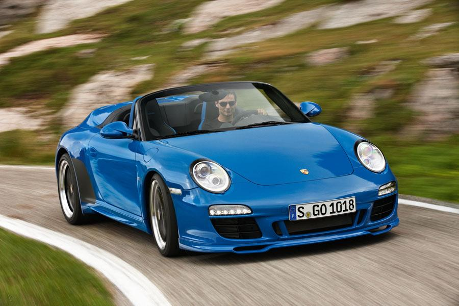 2011 Porsche 911 Photo 2 of 20