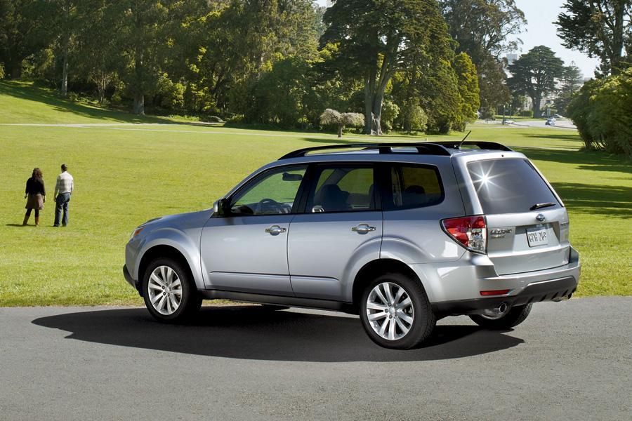 2011 Subaru Forester Photo 2 of 20