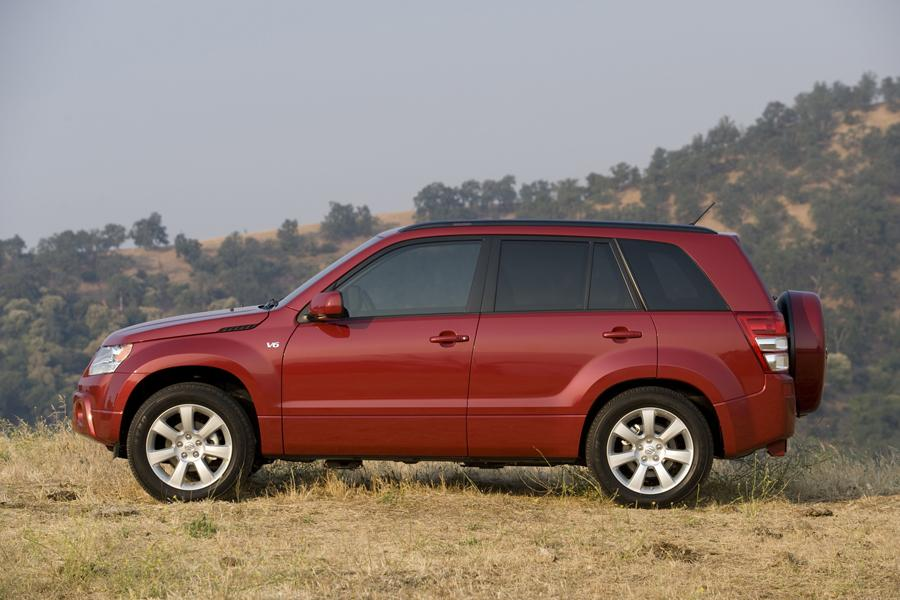 2011 Suzuki Grand Vitara Photo 5 of 20