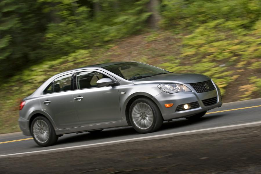 2011 Suzuki Kizashi Photo 4 of 20