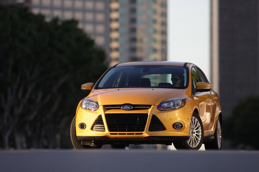 2012 Ford Focus Photo 4 of 20