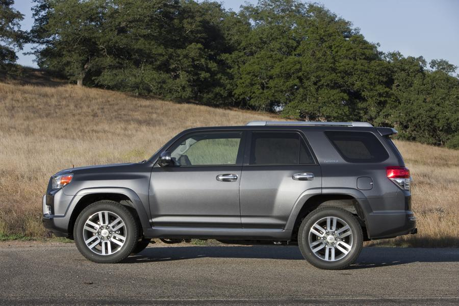 2011 Toyota 4Runner Reviews, Specs and Prices | Cars.com