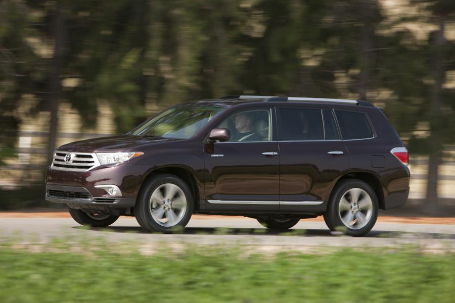 2011 Toyota Highlander Photo 4 of 20