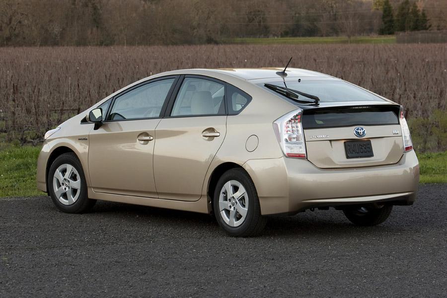 2011 Toyota Prius Reviews Specs And Prices Cars Com